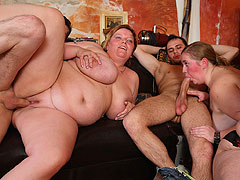 BBW orgy sex on the floor of the bar