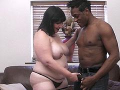 Hot fattie rides black cock