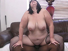 Tattooed plumper plowed deep